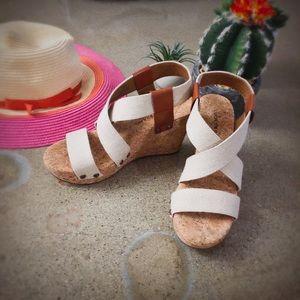 NWOT Lucky Brand cross strap wedge sandal